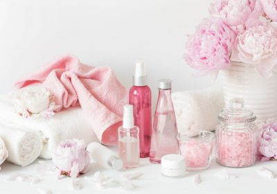 pik7 - The Chemicals In Beauty Products And How They Are Harming The Women